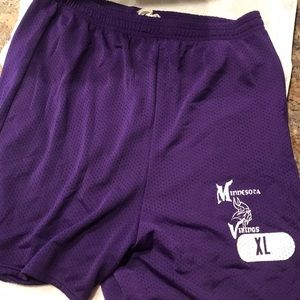 Minnesota Vikings Russell Athletic shorts
